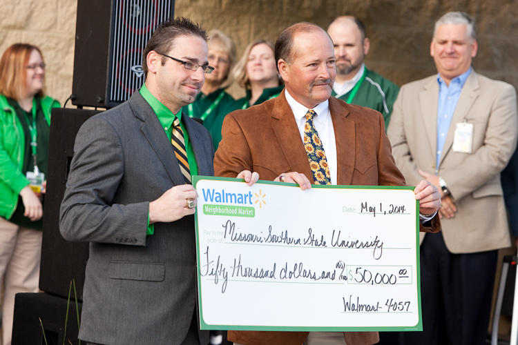 Walmart presents $50,000 to MSSU's music department