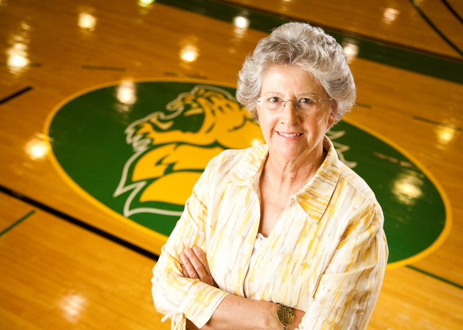 Former Athletics Director Sallie Beard to receive NACWAA Lifetime Achievement Award