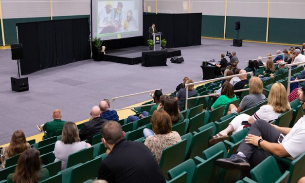 Faculty, staff gather for Welcome Back meetings