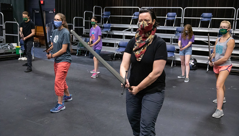 Students take a stab at Historical Sword Fighting Club